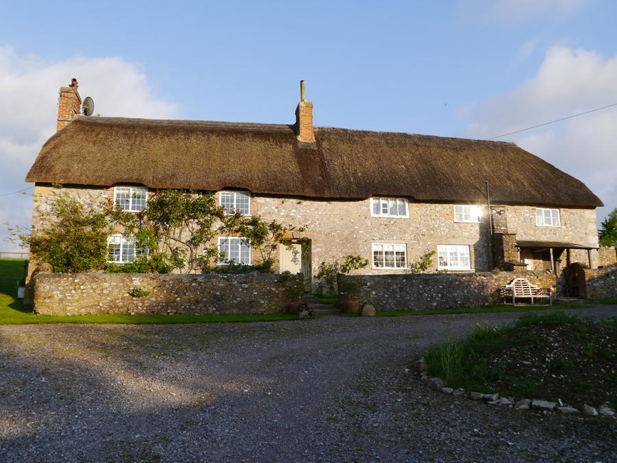 Lower Hewood Farm, Farmhouse